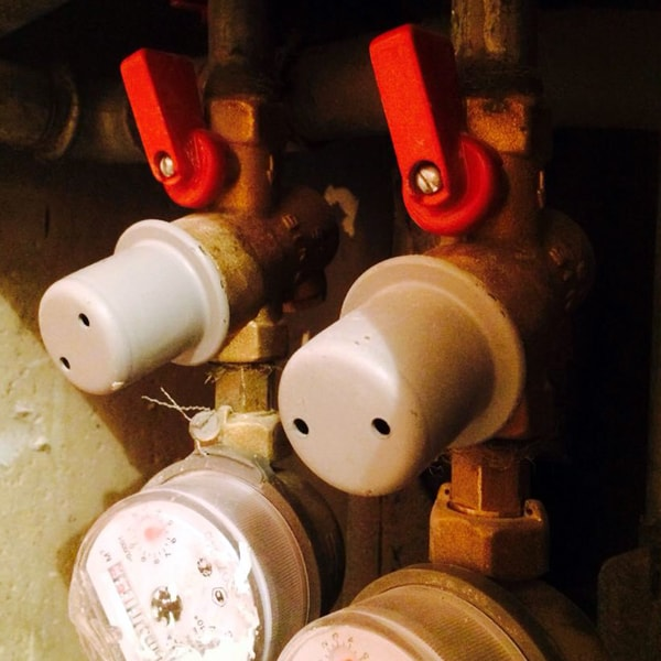 Пример установки квартирных регуляторов давления КФРД